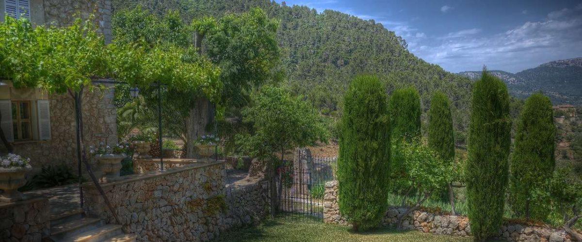 Esporles Umgebung grünes Tal