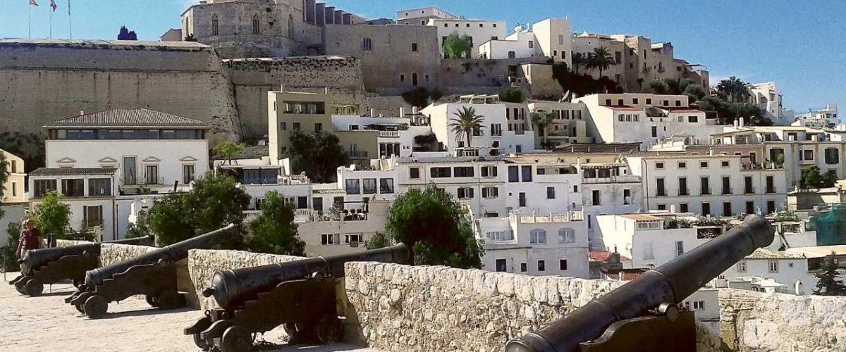 Kanonen Altstadt Eivissa