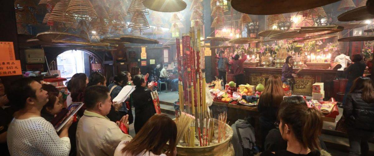 Opfergaben zum chinesischen Neujahrsfest in Hongkong