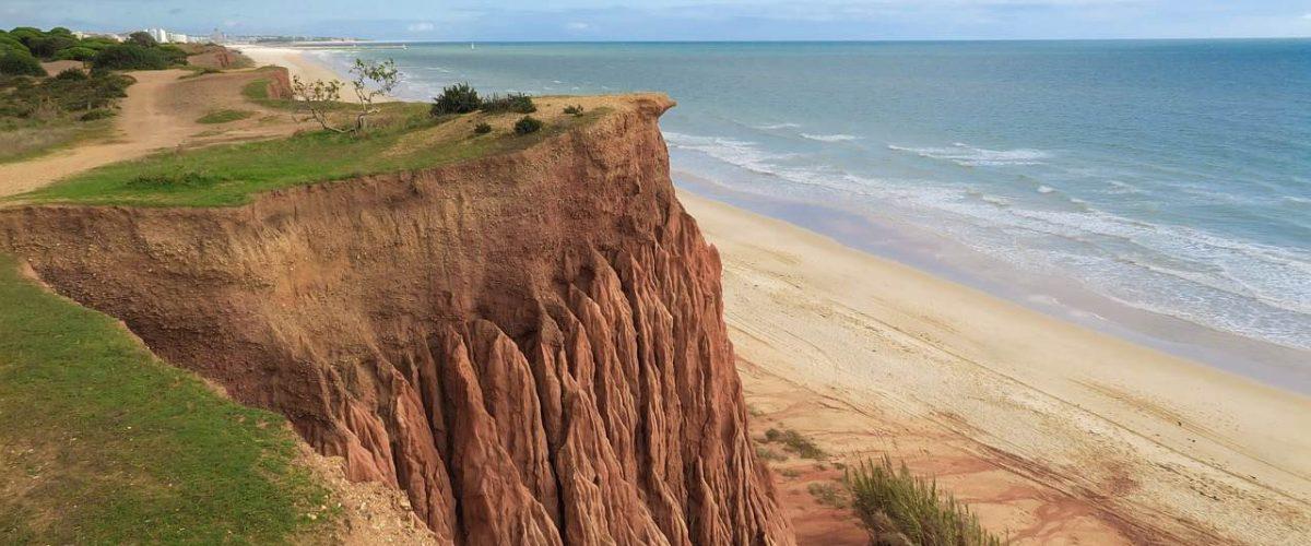 Praia da Falesia Küste