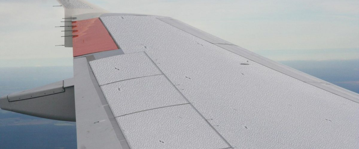 Verformung Flugzeug-Tragfläche